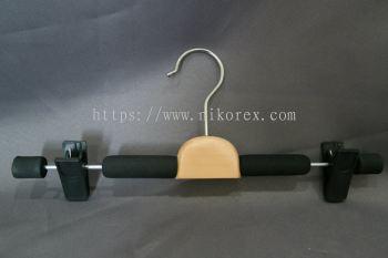 26043BK-F010 SPONGE HANGER-BLACK
