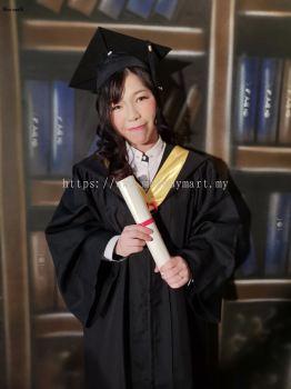 Graduation snapfie