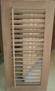 Adjustable Louver Window