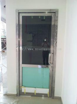 Stainless Steel Single door 012