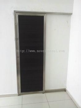 Stainless Steel Single door 018