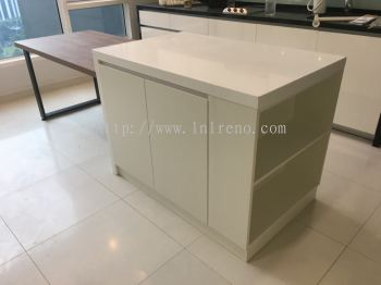 Kitchen cabinet island with solid top and dinner table