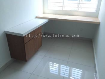Residential custom made study table at puchong (FREE QUOTATION)