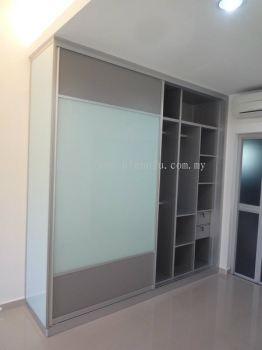 Aluminium Wardrobe Cabinet