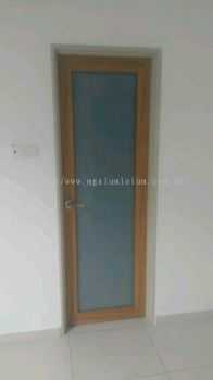 Aluminium Door (wood grain)