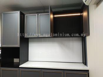 Aluminium Euro Style Cabinet
