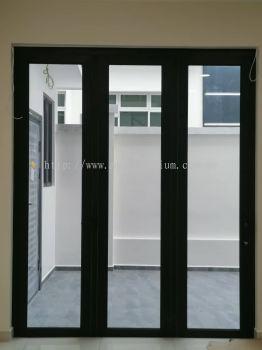 Bifold Door (2021)