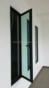 High Performance Swing Window