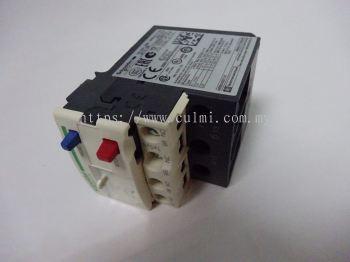 SCHNEIDER RELAY LRD21 (12-18A) (MAX. 690V 50/60HZ)
