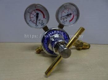 HARRIS 896D-15-O2 (INLET 230 BAR / OUTLET 15 BAR) TWO STAGE OXYGEN REGULATOR