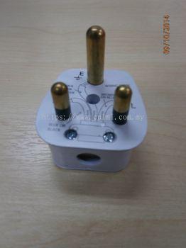 SUM 15 AMP 3-ROUND PIN PLUG TOP (W/SIRIM)