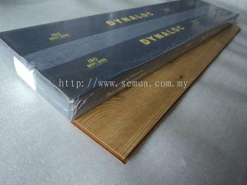 12mm Laminate  Valencia Pine (U-8610)