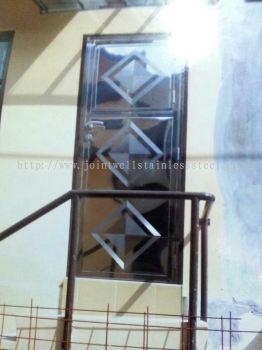 Steel Back Door With Steel Plate