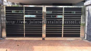 Steel Design Main Gate