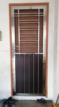 Stainless Steel Open Door