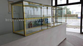 Food Storage Glass Cabine