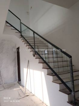 staircase tempered glass