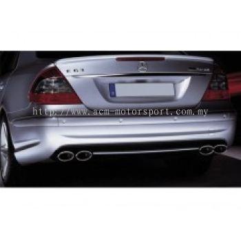 W211 07 AM E63 Look Rear Bumper
