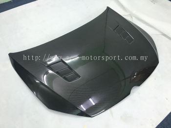 Volkswagen golf 7 carbon hood