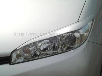 Toyota Wish 2009 Eyelids