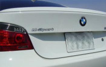 BMW E60 M5 spoiler