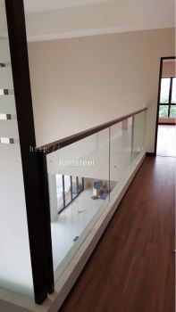 Wood handrail Glass Staircase 1