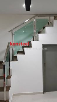 Stainless Steel Glass Staircase 71