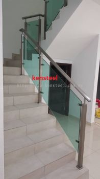 Stainless Steel Glass Staircase 73