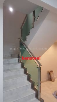 Stainless Steel Glass Staircase 75
