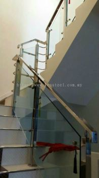 Glass staircase 42
