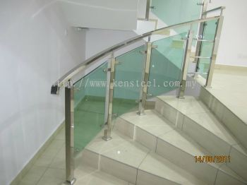 Glass staircase 54
