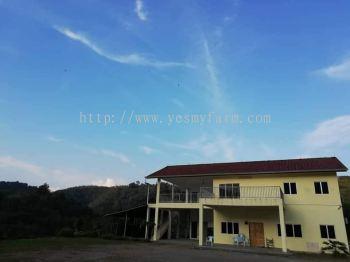 Hill Top Bentong - Farm House