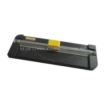 Cutter blade cutting mat trimmer