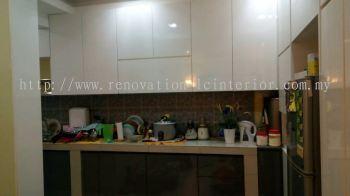 Top Kitchen Cabinet