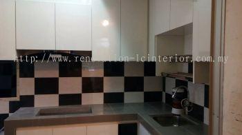 Top Kitchen Cabinet(Taman Perkasa Fasa)