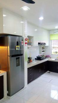 Kitchen cabinet (top & base unit)