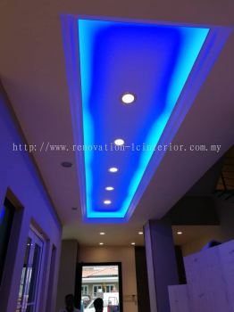 Plaster ceiling with LED
