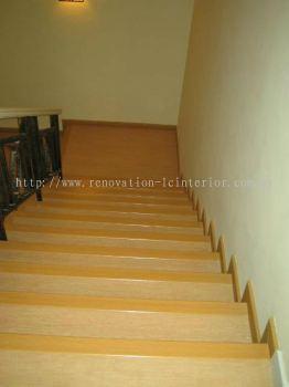 SEMI-D STAIRCASE