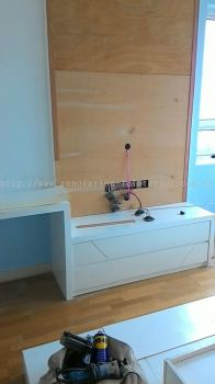 LIVING HALL SMALL SCALE TV CONSOLE