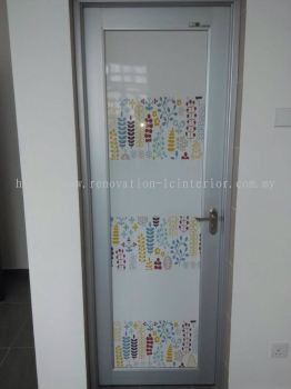 BANDAR TUN RAZAK STYLISH GLASS DOOR