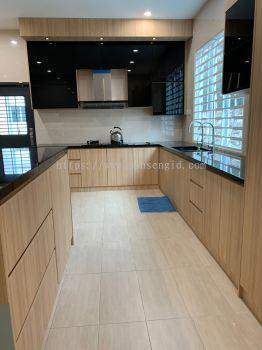 5G Door & Solid Plywood Laminated Wet Kitchen Cabinet #Putra Nilai