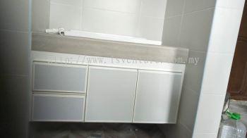 Aluminium Cabinet / Wardrobe