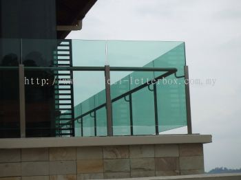 Stainless Steel Glass Railing - Balcony