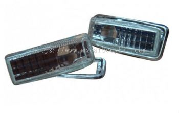 MERCEDES BENZ W124 1986-1995 SIDE LAMP CRYSTAL W/RIM