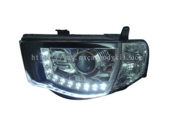 MITSUBISHI TRITON 2006 & ABOVE HEAD LAMP CRYSTAL PROJECTOR CHROME W/LED