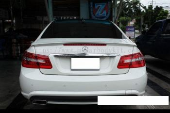 MERCEDES BENZ W207 REAR SPOILER