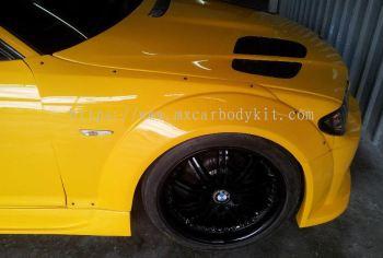 BMW E46 J-EMOTION DESIGN FRONT FENDER