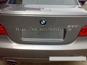 BMW E60 REAR BONNET COVER