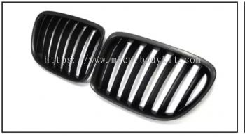 BMW X1 SERIES E84 2010 & ABOVE FRONT GRILLE