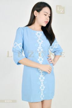 61013 EMBROIDERED DRESS